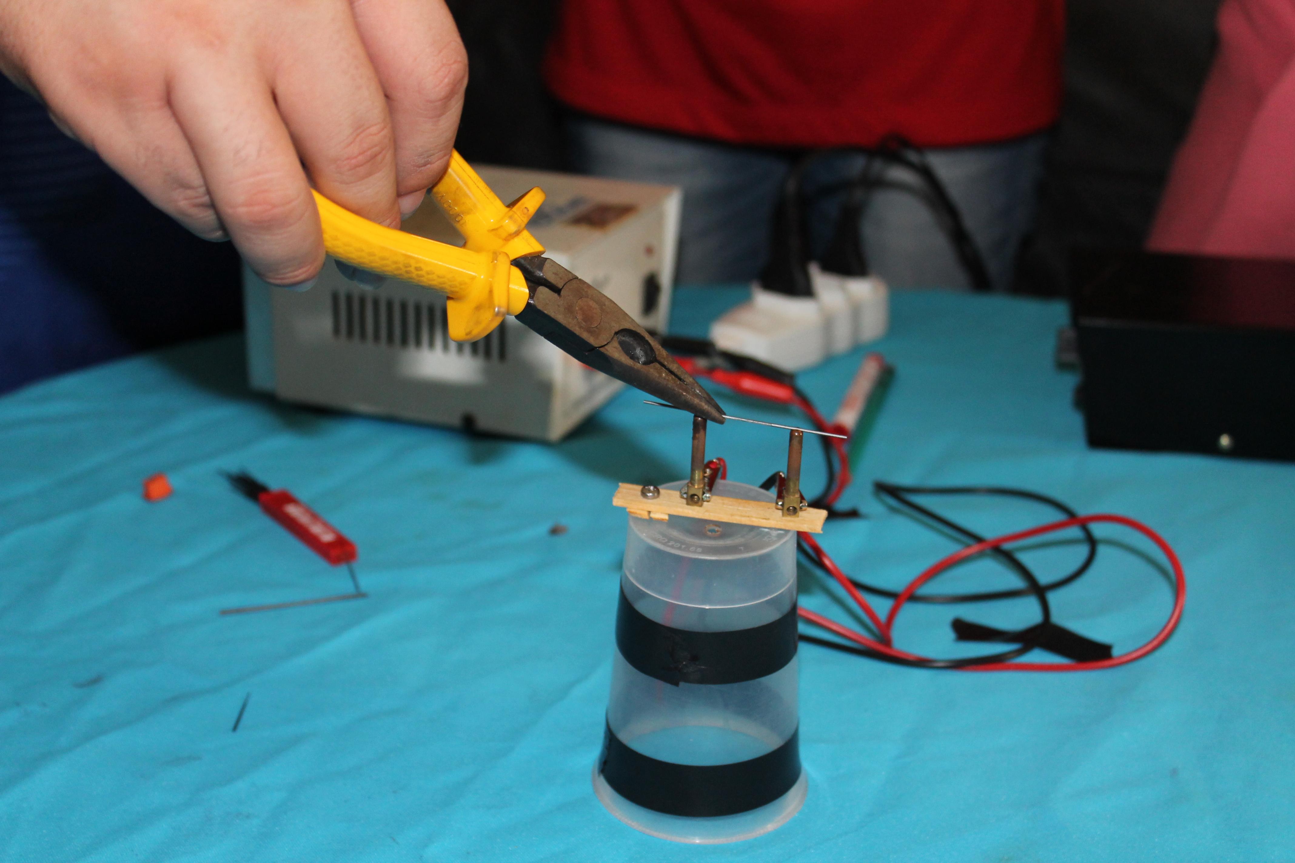 Experimento - Corrente elétrica
